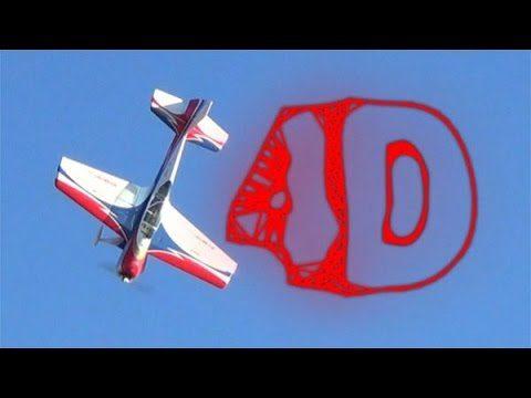 Andres Leoni volando en 4D (Sistema Unsustainable)